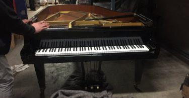 Protection et transport de piano Aux Porteurs